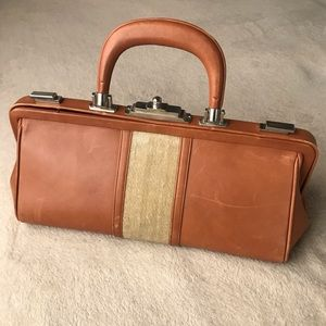 Roberta di Camerino Bags - Authentic vintage Roberta di Camerino leather bag